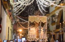 Petalá a la Virgen de la Salud ya coronada