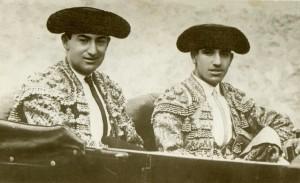Joselito y Belmonte en Sevilla, en automóvil hacia la plaza