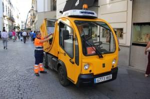 """""""Incorporación del Vehículo Eléctrico en el Sistema de Limpieza Urbano de Sevilla"""""""
