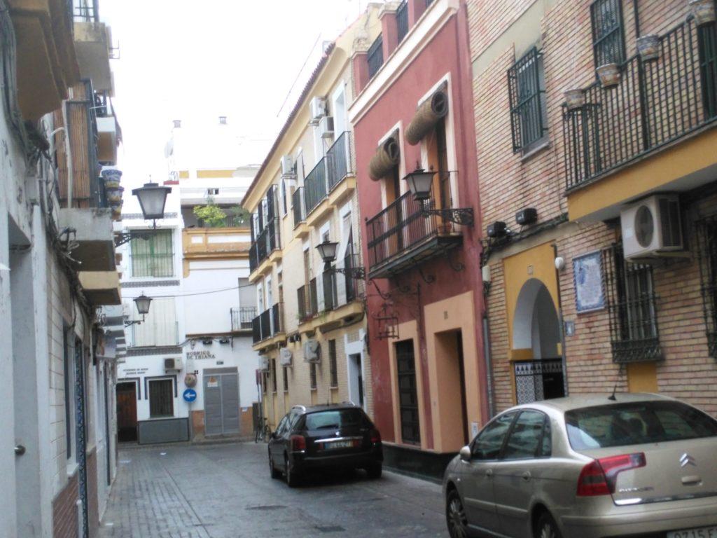 La calle Fabié con Rodrigo de Triana al fondo. Foto JBG