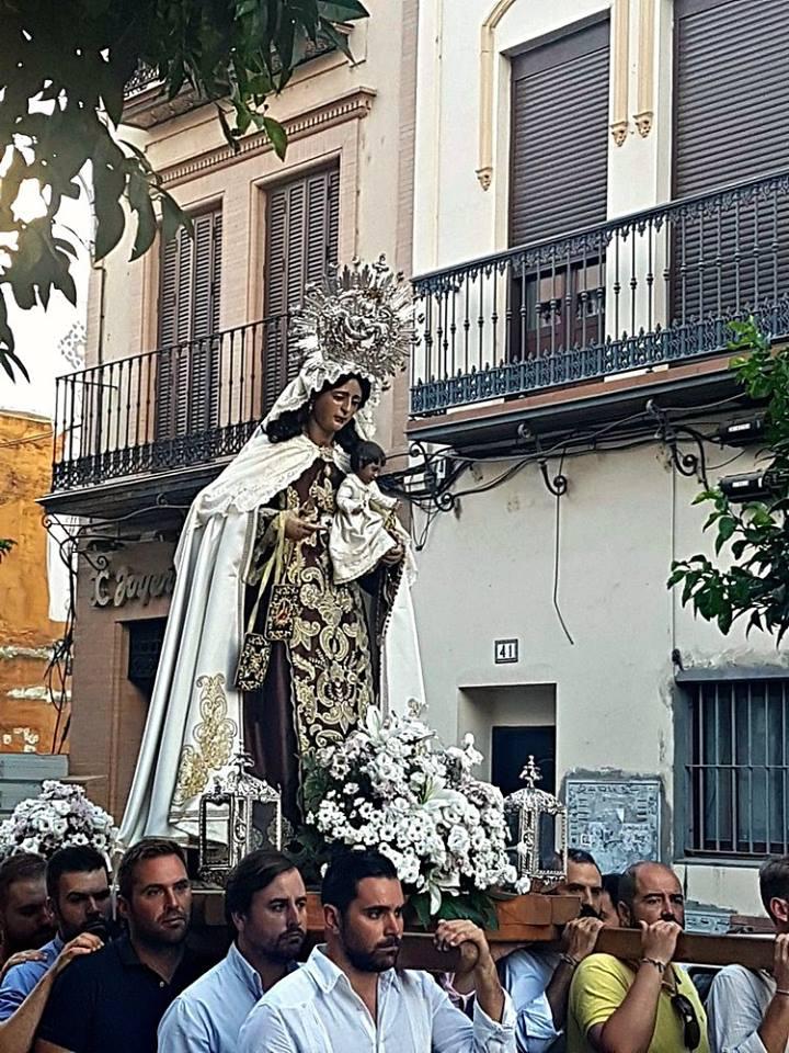 Virgen del Carmen Puente de Triana
