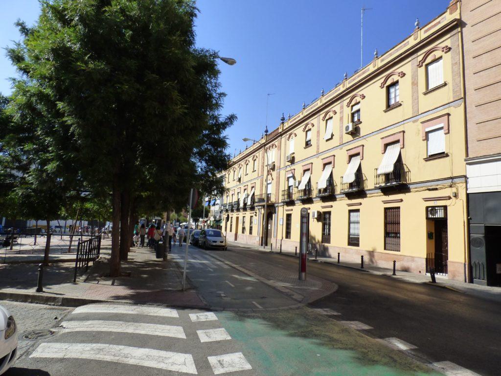 Y ahora regresamos por la calle Alfarería