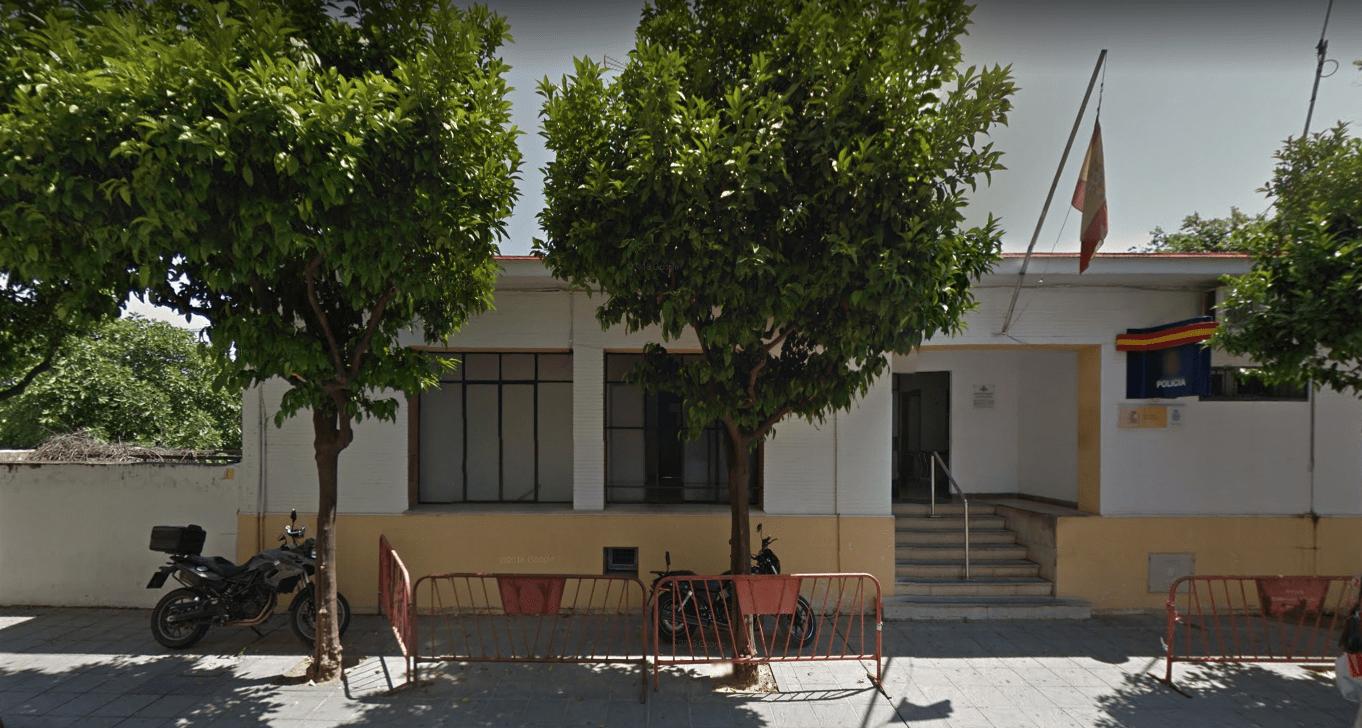 Comisaría policía nacional triana, calle Betis