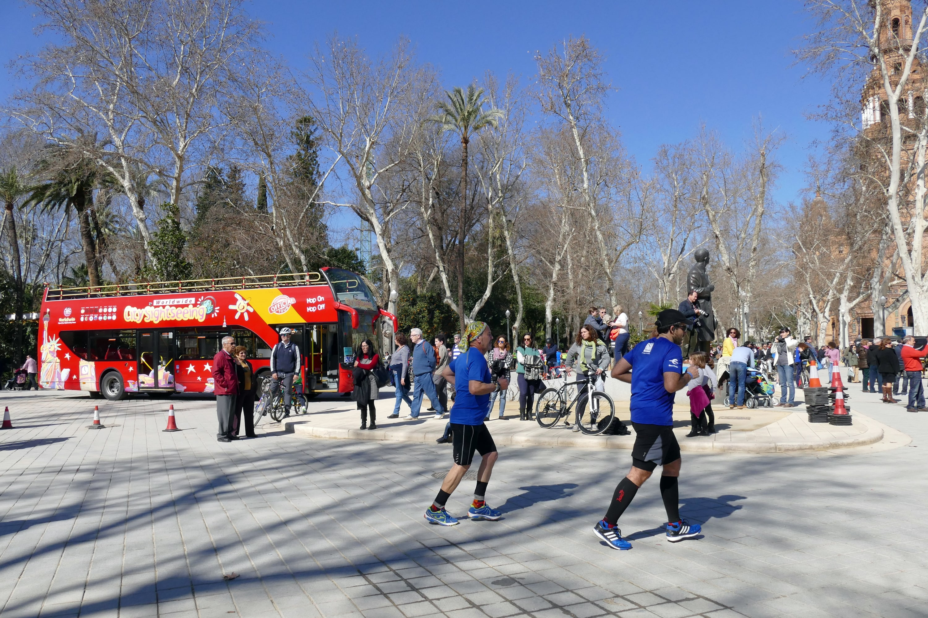 City Sightseeing, maraton de sevilla