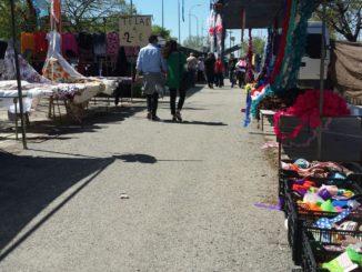 vendedores, mercadillo, Charco de la Pava
