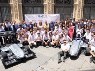 El equipo ARUS Andalucía Racing Team de la US presenta sus dos nuevos monoplazas, uno de ellos eléctrico