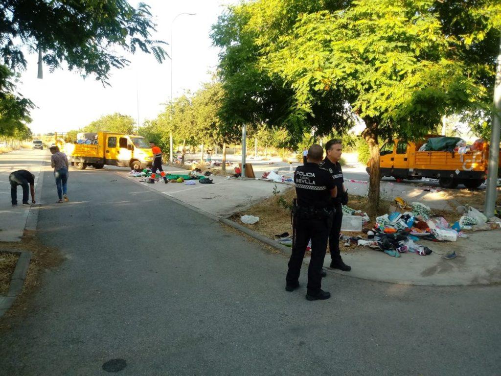 Retirada de basuras Charco de la Pava, venta ilegal,