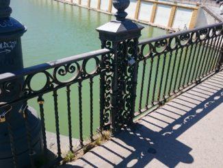 monumentos, Puente de Triana, retirada de candados