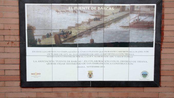 Azulejo homenaje al puente de barcas