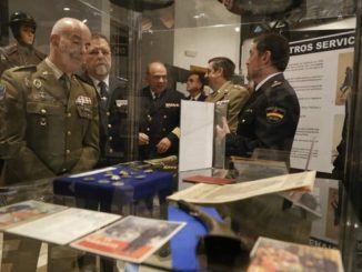 Exposición, Una historia de servicio: La Policía Española